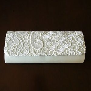 NWT Camille la Vie Ivory Clutch Purse with Lace